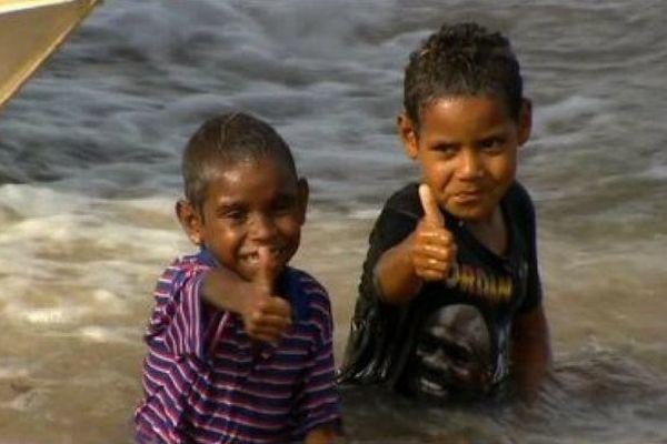 Des enfants aborigènes