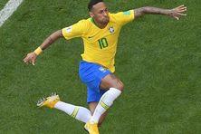 Neymar peut exulter, le Brésil est qualifié pour les quarts de finale du Mondial 2018