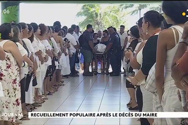 La population de Punaauia rend hommage à son maire disparu