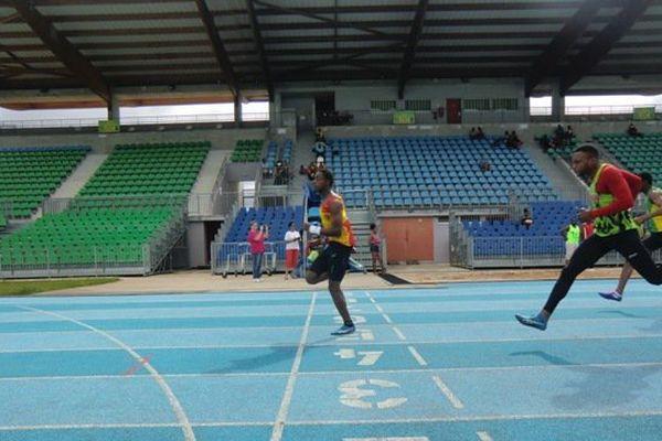 Course 100 mètres