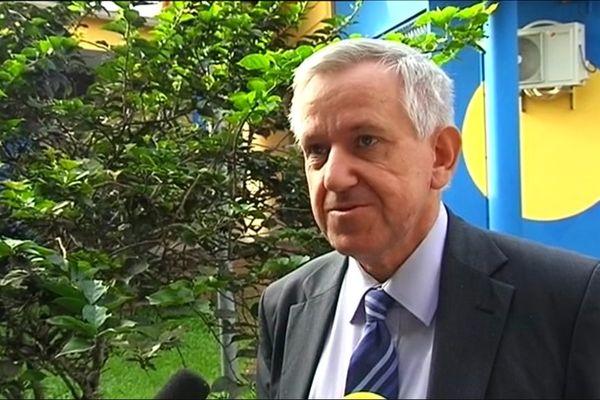 Le recteur Denis Rolland