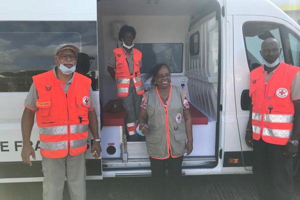 L'équipe de la Croix Rouge