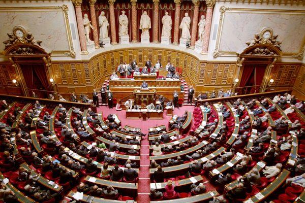 Le projet de loi sur l'égalite réelle adapté en commission mixte paritaire