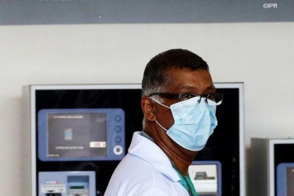 La Réunion reste confinée pour lutter contre le coronavirus.