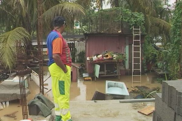 inondations aux Abymes