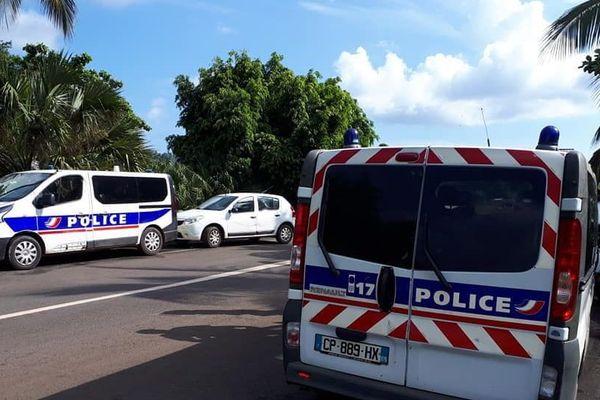 Les forces de l'ordre déployées dans le quartier de Passamainty, à mayotte