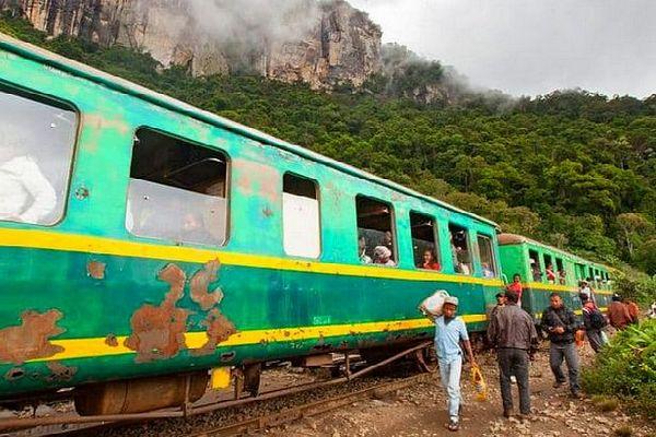 Madagascar train entre Fianarantsoa et Manakara