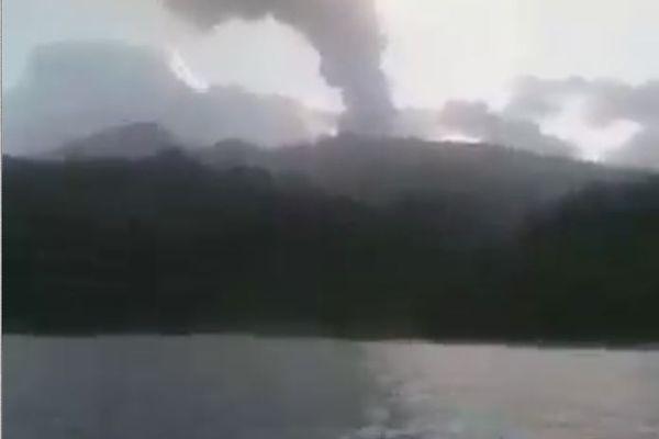 Risque d'explosion de la Soufrière de St-Vincent les Grenadines - 08/04/2021