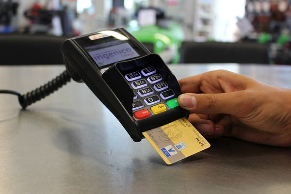 Arnaque à la carte bancaire