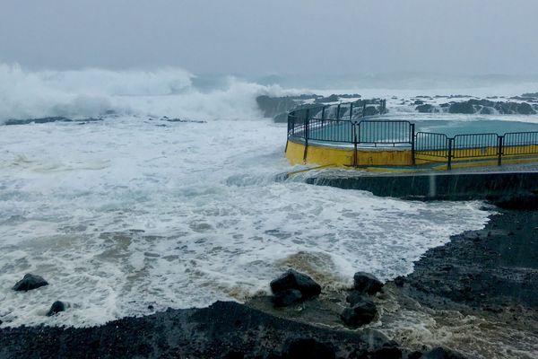 cyclone Berguitta  piscine Baril st Philippe