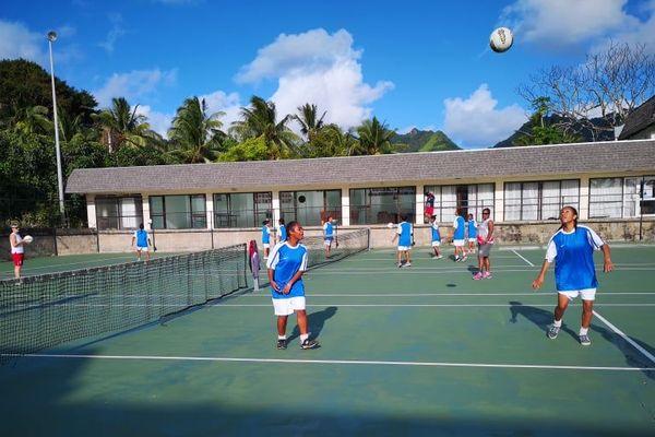 Tous les jours aux Iles Cook, deux séances d'entraînement, technique ou physique.