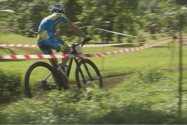 VTT Cross Country : trio gagnant pour le Vélo Club de Tahiti
