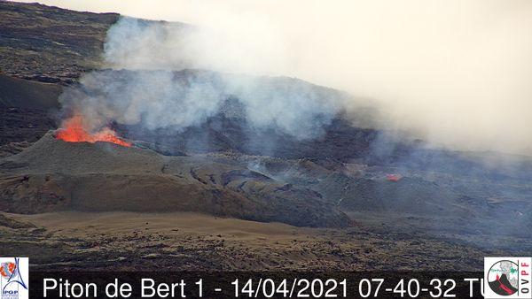Observation éruption 6ème jour piton de bert
