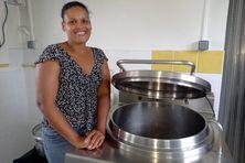Christelle Dangany elle produit des repas pour bébés.