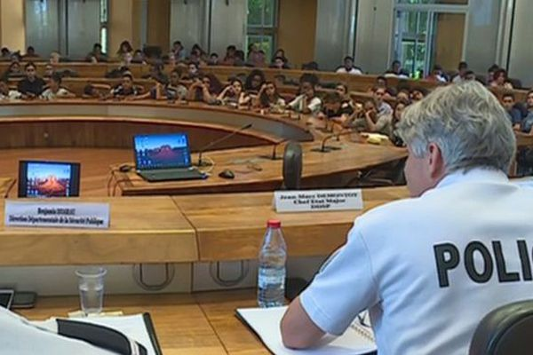 Conseil départemental jeunes harcelement