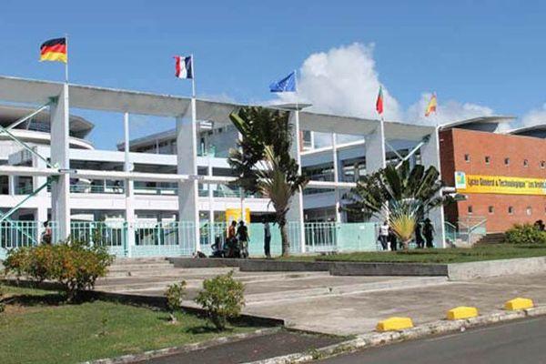 Lycée des Droits de l'homme Petit-Bourg