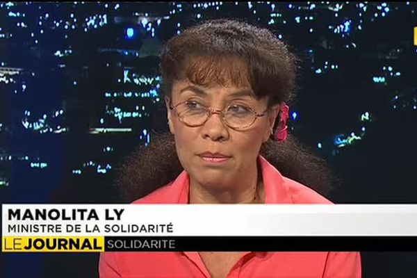 Manolita Ly, Ministre de la solidarité était l'invitée du journal
