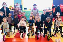Les élèves de l'école du Socle à Miquelon