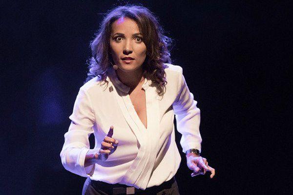 L'humoriste réunionnaise Marie-Alice Sinaman aux Folies Bergères à Paris