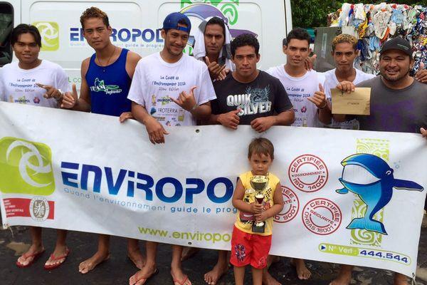Team Tupuai coupe de l'environnement