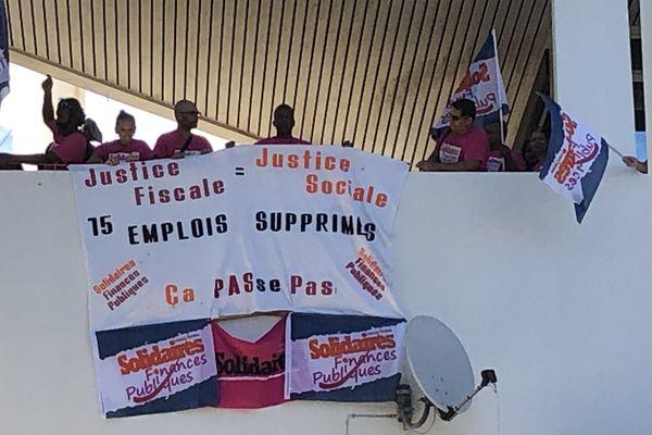 Grève impôts 1