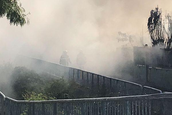 Incendie quartier de La Source à Saint-Denis 20190806-07