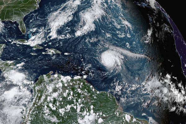 Ouragan SAM