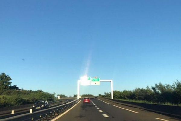 Route vers le ciel bleu