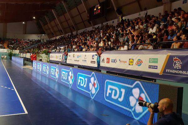 public handball