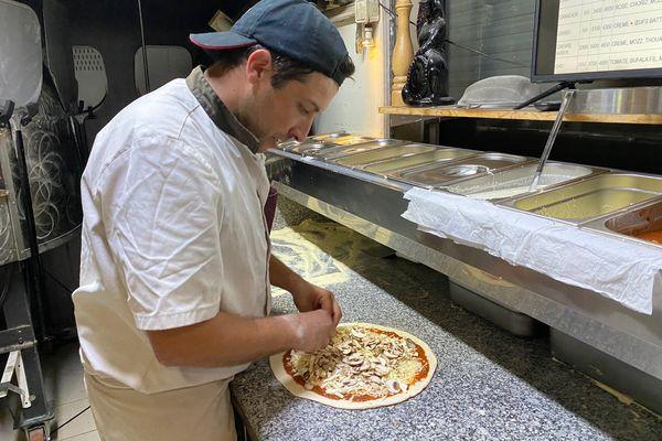 Réouverture de The Pizza, la pizzéria de Dominique Dumortier, Enzo