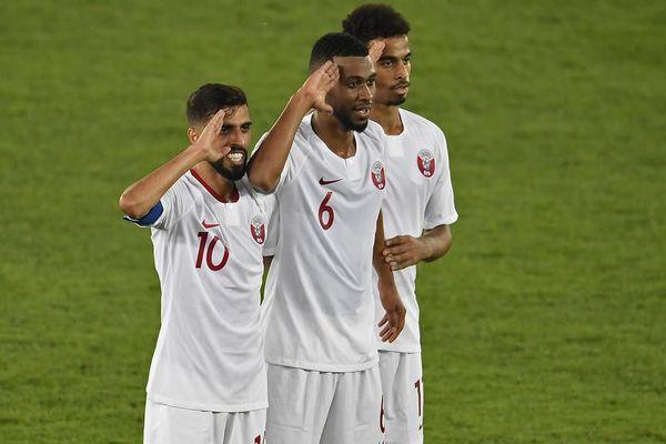 Le Qatar d'Afif (dernier à droite) s'est offert son premier sacre en coupe des nations d'Asie cette année.