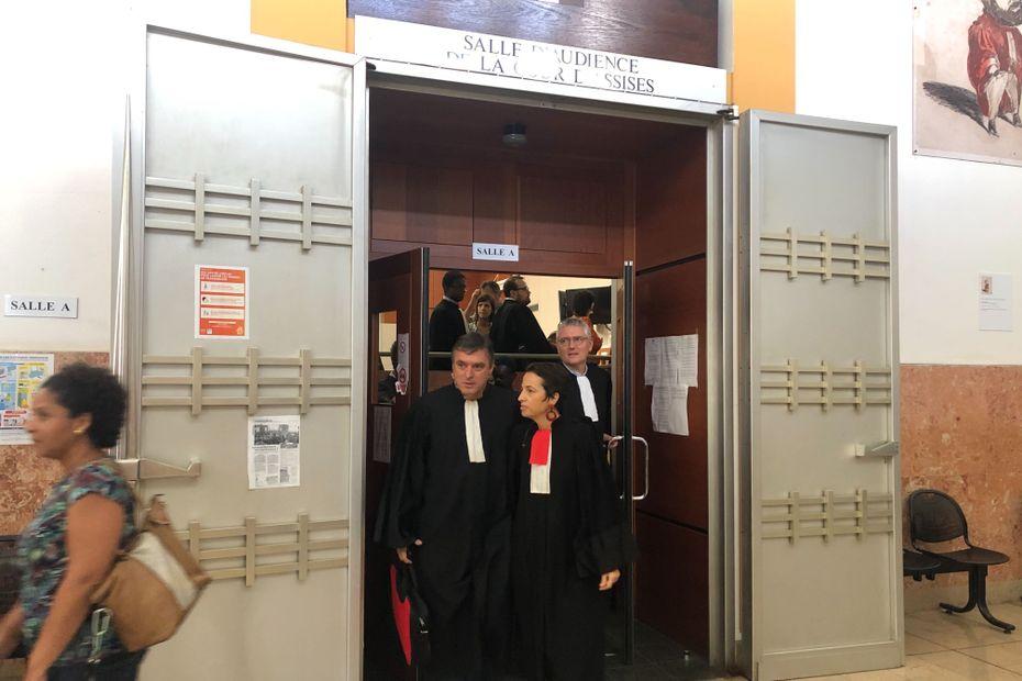 Grève des avocats: 2 424 dossiers en souffrance, le parquet général de Saint-Denis inquiet - Réunion la 1ère