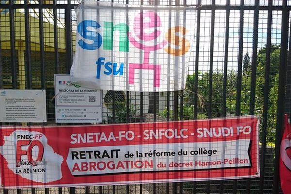 Banderoles manif FSU FO rectorat Mai 2016