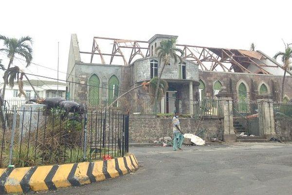 Patience, entraide et débrouille à Roseau, dix jours après le passage du cyclone