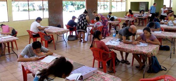Nuku Hiva, les enseignants dans les vallées isolées