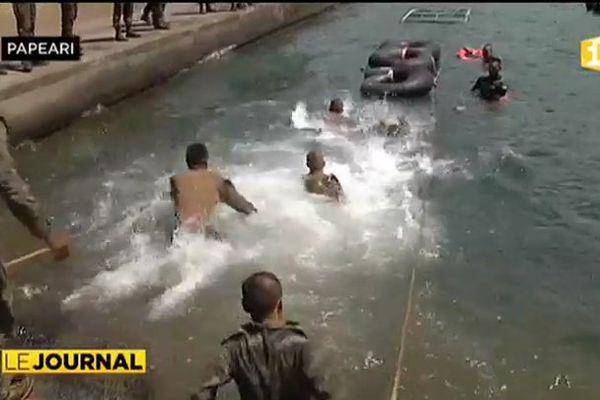 Marines US et soldats français : les armées font corps à Taravao