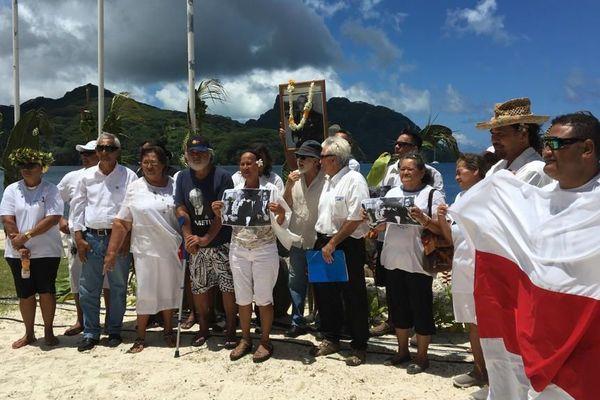 Les proches de Pouvanaa lui ont rendu hommage sur son île natale