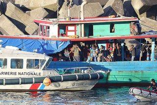 arrivée bateau migrants sainte-rose gendarmerie 130419