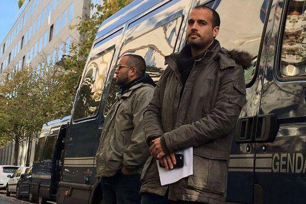 Entendu par l'IGPN, Guillaume porte-parole réunionnais des policiers en colère, a été soutenu par des centaines de manifestants