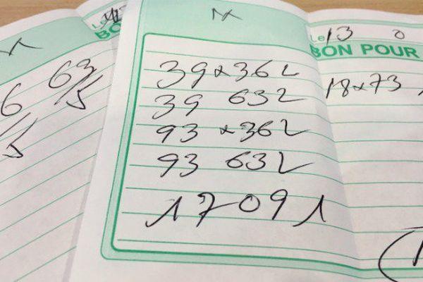 La bòlèt est un jeu d'argent et de hasard très populaire en Guyane