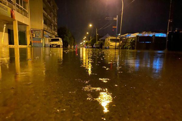 Inondations dans les quartiers de Fariipiti et Vaininiore