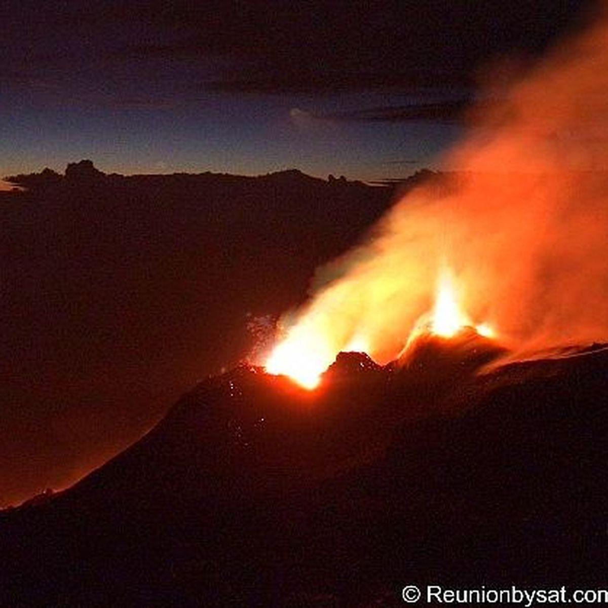 La réunion éruption du volcan