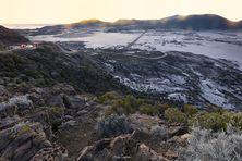 Le givre recouvre la route du volcan et la plaine des sables à La Réunion