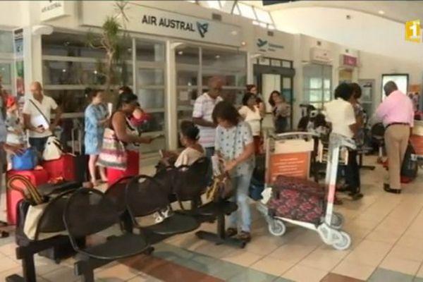Pierrefonds : grève à air austral