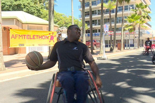 Action pour le Téléthon, 2 décembre 2018, fauteuil basket, place des Cocotiers
