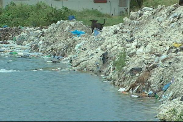Rangiroa : eau potable et traitement des déchets pour Jean jacques Urvoas
