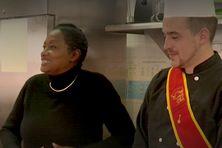 Babette de Rozières était en visite au lycée Émile Letournel ce lundi. Les élèves de la section et Damien Goiziou lui ont fait goûter les spécialités du territoire.