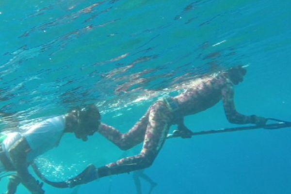 pêcheur sous marin
