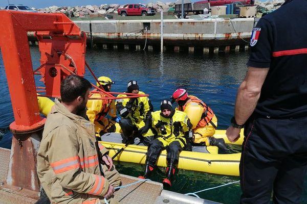 Sauvetage en mer : pompiers de Miquelon-Langlade et militaires sur le pont