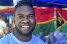 Originaire de Mallicolo, Samy Tavunwo est en 3ème année de licence d'économie gestion à l'Université de Nouvelle-Calédonie.